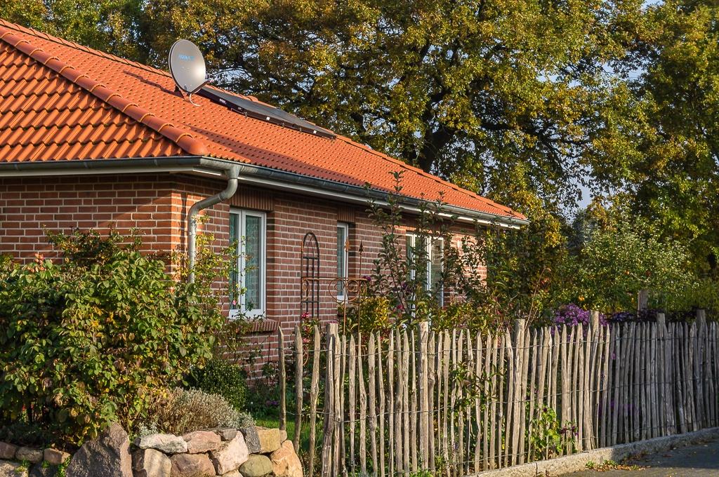 neubau bungalow in l beck bauunternehmen vahsholz. Black Bedroom Furniture Sets. Home Design Ideas